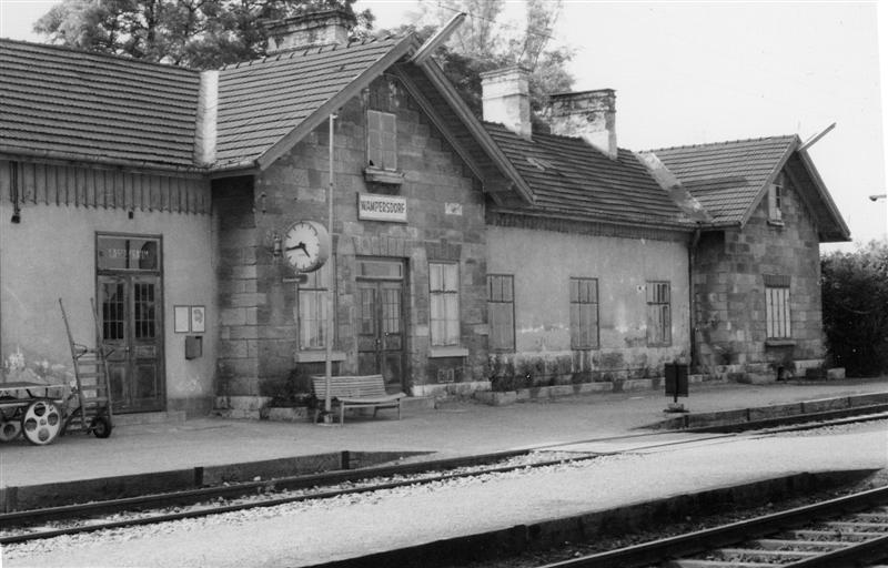 Kopie1_von_Bahnhof_Wampersdorf__Medium_